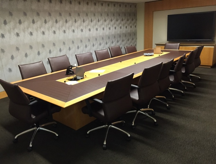 1pre Owned Conference Tables